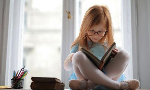 """Cómo crear un hábito de """"lectura por placer"""" en los más pequeños"""